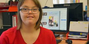 """Mit der Zeitung """"Ich und Wir"""" in Leichter Sprache wird ein Medium von und für Menschen mit Behinderungen veröffentlicht."""
