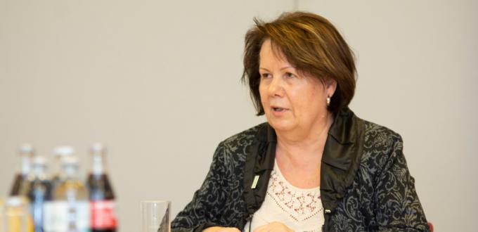 Helga Scheidl