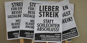 LIEBER STREIK STATT SCHLECHTER ABSCHLUSS-Plakat