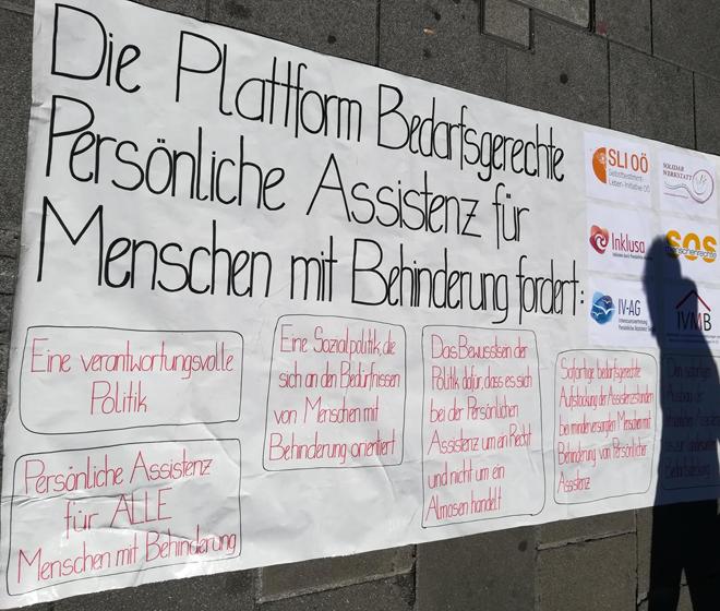 "Kunsgebung der ""Bedarfsgerechte Persönliche Assistenz in OÖ"""