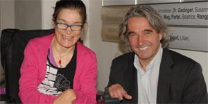 Monika Rauchberger und Behindertenanwalt Buchinger beim Fest 10 Jahre Wibs. Foto: Wibs